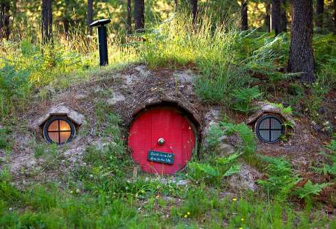 hobbit house designs for humans