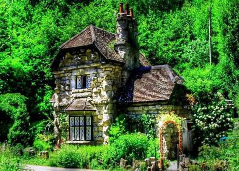 English Stone Cottage small stone cottages . . . truly timeless!