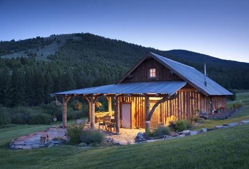 Farm house designs for getaway retreats for Montana ranch house