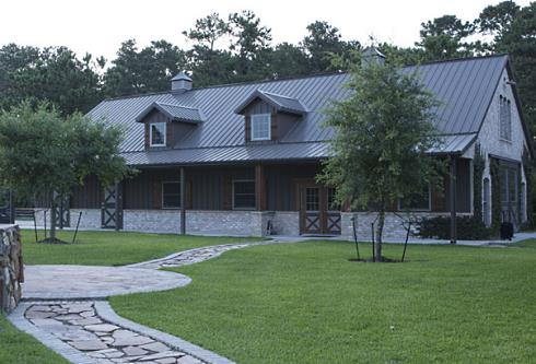Pole barn house plans post frame flexibility for Pole frame house kits