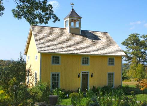 Barn style house plans in harmony with our heritage for Barn type homes