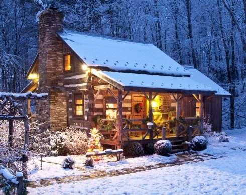 "Homespun Holiday at ""Little Creek Cabin"" vacation rental"