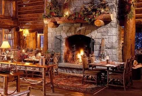 christmas decorating fireplace - Cabin Christmas Decor