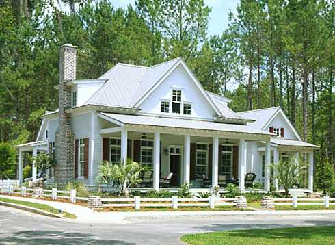 Cottage style house plans traditional and timeless appeal for Cabin style home plans