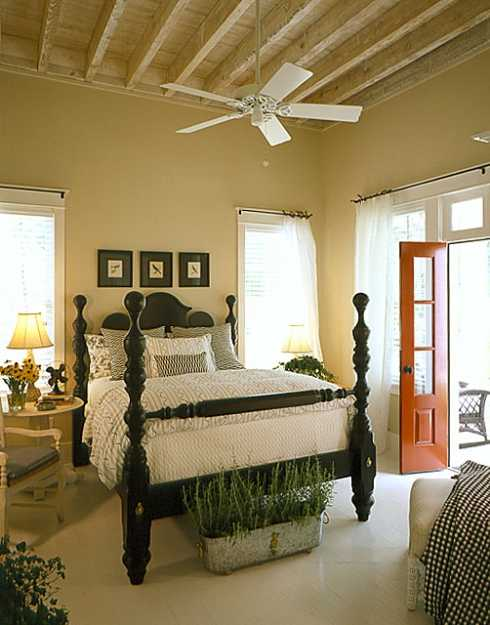 Country cottage decor and design southern hospitality style for Country cottage bedroom