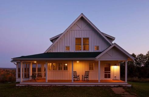 Farm house designs for getaway retreats for Farmhouse plans under 2000 sq ft