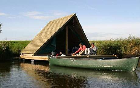Floating Houses Amp Cabins Become A Modern Day Huckleberry