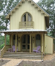 Perfect prefab cabin retreats tiny tumbleweed houses for Victorian style manufactured homes