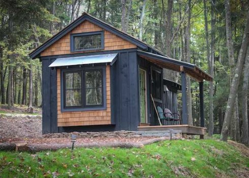 Tiny cabins cozy quarters for Board and batten cabin plans