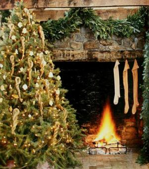 christmas decorating fireplace