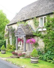stone cottage designs