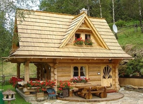 small log cabins
